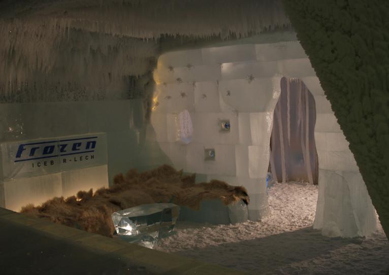 frozen ice bar 3